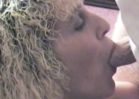 British MILF Cindy sucking cock